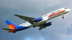 G-LSAD (AnDyMHoLdEn) Tags: jet2 757 egcc airport manchester manchesterairport 23l