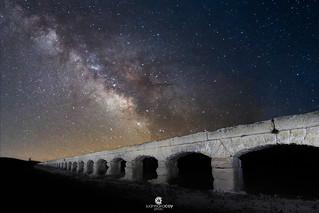 Milky Way over the Aqueduct of Albatana (XVIIIth century) - Albatana (Albacete, Spain)