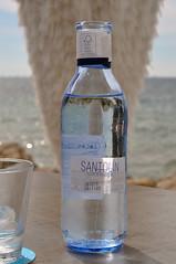 Beautiful water bottle made out fo glass (koelnblogging.com) Tags: santolin wasser wasserflasche stilles glasflasche