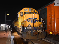 Joliet Departure (Robby Gragg) Tags: atsf bnsf gp392 2846 joliet