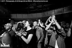 2017 Bosuil-Het publiek bij Sass Jordan en Layla Zoe 4-ZW
