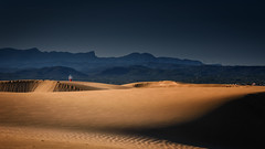 Un faro  lejano (miquelrbs) Tags: faro contraste dunas d810 atardecer delta ebro