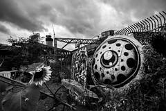 Looking at the sky (London) (Ondablv) Tags: london shoreditch east end graffiti graffittari grafittari disegni eye occhio cielo disegno arte alternativa originale original ondablv