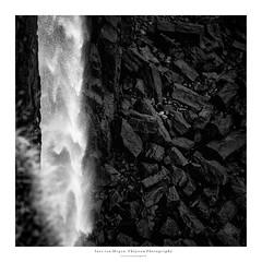 Isle of Skye V - Kilt Rock and Mealt Falls II (Passie13(Ines van Megen-Thijssen)) Tags: anteileansgitheanach eileanacheò isleofskye kiltrockandmealtfalls schotland schottland skye trotternish eiland isle highlands scotland fineart nature rocks blackandwhite bw sw zw zwartwit monochroom monochrome monochrom canon inesvanmegen inesvanmegenthijssen fall