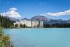 Kleine Jugendherberge am Lake Louise ;-) (eiljot) Tags: kanda urlaub2017 canda kanada lake louise see berge mountans alberta