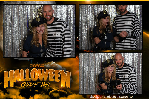 """Denver Halloween Costume Ball • <a style=""""font-size:0.8em;"""" href=""""http://www.flickr.com/photos/95348018@N07/37972783796/"""" target=""""_blank"""">View on Flickr</a>"""