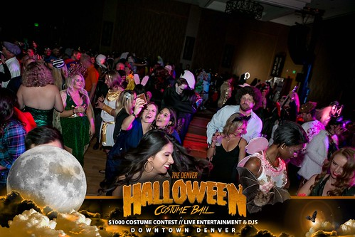 "Halloween Costume Ball 2017 • <a style=""font-size:0.8em;"" href=""http://www.flickr.com/photos/95348018@N07/38046720602/"" target=""_blank"">View on Flickr</a>"