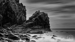 Wringcliff Beach - 0572 (LeePellingPhotography.co.uk) Tags: devon beach exmoor national north park rocks seascape valley wringcliff