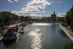 Arrive at Aigues Mortes (francis.seveyrat) Tags: bateau boat canal tour tower contrejour backlighting reflet sparkle
