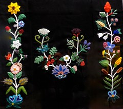 """Native Foods,"" Beadwork by Jessica Gokey, Minnesota History Museum (ali eminov) Tags: saintpaul minnesota museums nativefoods beadwork jessicagokey minnesotahistorymuseum"