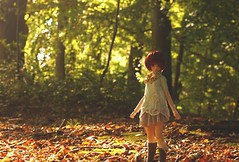 Last summer day (MarloesK) Tags: autumn dollfie dream sister mmd ddh10 custom momo outside