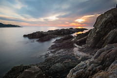 Rocks (Thomas DARTIGUES) Tags: nikon d600 france french sea europe sunset coucher de soleil extérieur art color photo photography raw day la me nature new travel trip vacation landscape dslr blue ciel bleu water eau paysage nikkor 1635 view sky sun francia clouds nuages