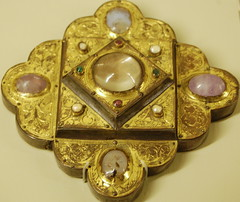 Paris (mademoisellelapiquante) Tags: paris museedecluny museum arthistory medieval middleages tapestry jewelry france