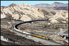 UP 1989 (golden_state_rails) Tags: up union pacific sp southern drgw denver rio grande cajon pass atsf santa fe canyon mormon rocks ca california mojave flyer lop92 sd70ace up1989 1989 heritage