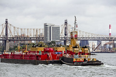 r_171016213_beat0065_a (Mitch Waxman) Tags: bigallis citywideferry eastrivershoreline newyorkcity newyorkharbor queensborobridge reinauer tugboat newyork
