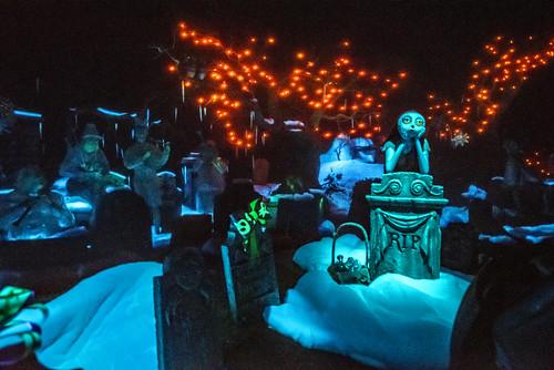 Haunted Mansion in Disneyland