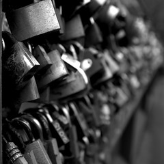 Locked in syndrome (giles sanders) Tags: peak district derbyshire bakewell
