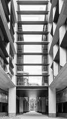 City of London  -15 29102017-Edit.jpg (Colin Dorey) Tags: bw blackandwhite monochrome blackwhite architecture london bank cityoflondon building structure queenvictoriastreet poultry autumn 2017 october bloomberg bloomberglondon architect arcade foster normanfoster lordnormanfoster fosterpartners