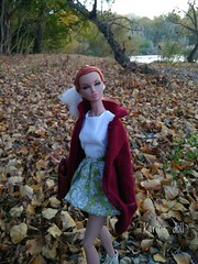 María y el otoño 🍁🍃 (Karine'S HCF (Handmade Clothing & Furniture)) Tags: poppy 16 otoño abrigo punto hecho amano handmade granate naturaleza
