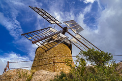 windmill (x1klima) Tags: saintchinian occitanie frankreich fr sonya7r ilce7r zeiss batisfe25mmf2 batis225 windmill mühle beautiful schön wundervoll awesome great perfect licht light lights lumière reise travel voyage traveling voyages landscape nature landschaft natur himmel sky clouds wolken achitectural architecture architektur building buildings