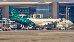 Saudia (Saudi Arabian) Airbus A330-300 HZ-AQE Mumbai (BOM/VABB) (Aiel) Tags: saudia saudiarabian airbus a330 a330300 hzaqe mumbai canon60d canon24105f4lis