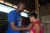 Programa de Erradicação da Oncocercose nas Américas - Terras Yanomami (Secretaria Especial de Saúde Indígena (Sesai)) Tags: outubro 2017 oncocercose erradicação dseiyanomami indígenas maismédicos médico estetoscópio mulher pólobasesurucucu yanomami roraima