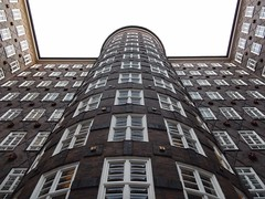 Sprinkenhof (sander_sloots) Tags: brick expressionism hamburg building architecture backsteinexpressionismus amsterdamse school sprinkenhof facade façade