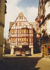 Limburg an der Lahn August 1980 (Simulina) Tags: limburganderlahn 1980 limburgadlahn limburgweilburg giesen hessen fachwerkhaus architektur