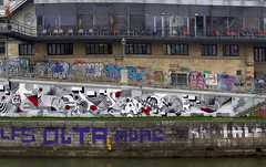 Rampe (Herbalizer) Tags: rampe urania mural graffiti art urban skirl ozon oier grafitti wien vienna austria österreich wall wand danube canal donaukanal