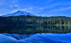 Tungsten Reflection (SnapSnare) Tags: mt rainier paradise sunrise washington evergreen