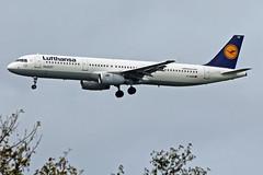 A321-231 D-AIDM LUFTHANSA (shanairpic) Tags: jetairliner a321 airbusa321 shannon lufthansa daidm