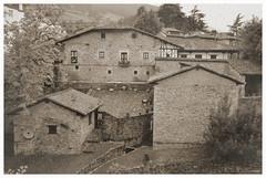 Potes (2) [Explore 2017.10.16] (Txemari Roncero) Tags: potes cantabria españa arquitectura sepia antigua antiguo pueblo pueblosmasbonitosdeespaña nikon nikond7000 tokina1224 postal