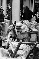 taxidermist (ilBovo) Tags: ilbovo artigianato artigiano 50mmstm paglia sedie impagliatore taxidermist padova