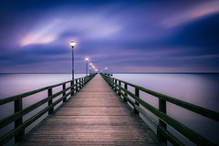 loneliness (mad_airbrush) Tags: 5d 5dmarkiii 1740mm ef1740mmf4l germany deutschland balticsea ostsee seebrücke pier ahlbeck ostseebad water wasser smoothwater weicheswasser longexposure exposure landscape langzeitbelichtung sea seascape clouds cloudy morning beforesunset nd ndfilter filter nik nikcollection ps