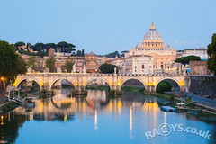 St. Angelo bridge and Vatican at dawn, Roma, Italy (LongLensPhotography.co.uk - Daugirdas Tomas Racys) Tags: rome vatican stpetersbasilica st angelo peters ponte bridge sant morning bluehour dawn dusk roma italy city cityscape tiber river landscape daugirdas racys longlensphotography