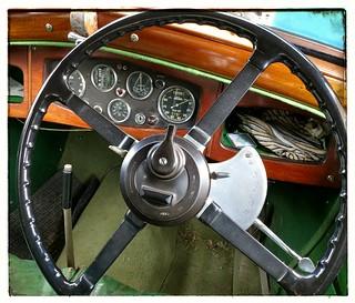 Controls: 1935 Riley Falcon