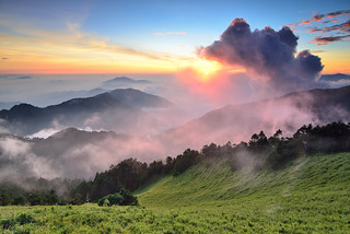 Sunset scenery at Mountain Hehuan 合歡夕景