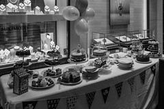 4/10 MacMillan Coffee Morning. (garyjones1959) Tags: 3652017 365 365the2017edition leica monochrome monochrom 28mm summilux blackandwhite bw black white cake cakes coffee latte cappuccino espresso tea muffins meringue sponge tiffin marzipan charity macmillan cancer help giving cupcake fruiy strawberry