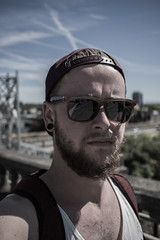 Portland (dark.bright) Tags: me sun portland oregon sunglasses basecap cap tanktop beard selfie travel photography westside usa vacation canon eos 100d 24mm canoneos100d