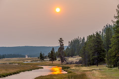 Sunrise reflections in Yellowstone (Pejasar) Tags: yellowstone nationalpark wyoming sunrise river stream steam geyser sparkle yellow
