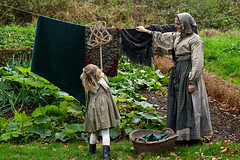 'Ragged Victorians' (AndrewPaul_@Oxford) Tags: ragged victorians avoncroft museum reenactment reenactors period actors natural light timeline events
