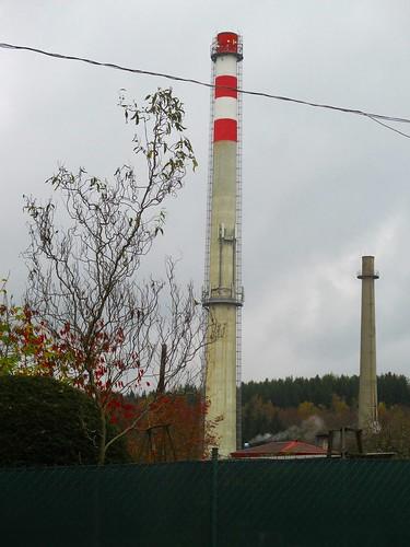 Pohled na komín z ulice Mikulášská