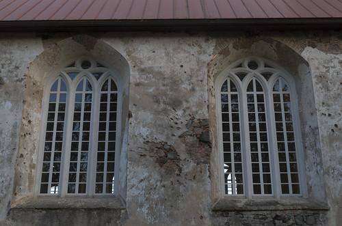 Lestenes evaņģēliski luteriskās baznīcas logi, 30.09.2017.
