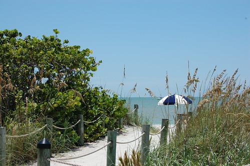 Beach Access  West Wind Inn