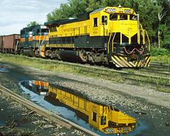 4004_8_30_crop_clean (railfanbear1) Tags: dh nysw
