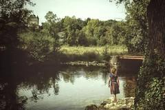 Quand la petite fille au bout du chemin va à la rencontre du grand Meaulnes.... (Isa-belle33) Tags: nature children girl chateau castel water bridge trees arbres colors couleurs fuji fujifilm fujix30 eau pont fille enfant