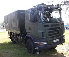 Scania P (michaelausdetmold) Tags: lkw truck bundeswehr militär armee fahrzeug pritschenlkw scania preihe