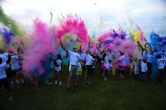charity runs with colored powder (Color Blaze Supply) Tags: color run powder colorpowder colorrun