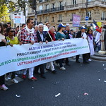 Big march in Paris against president's reforms thumbnail