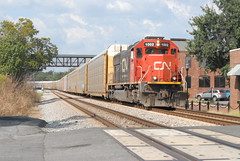 Zipping Thru Downtown (up1996bnsfman) Tags: cn ic standard cab marietta ga